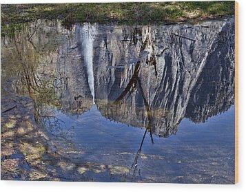 Falls Pool Reflection Wood Print by Garry Gay