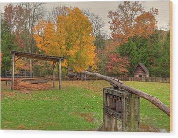 Farm Iv Wood Print by Charles Warren