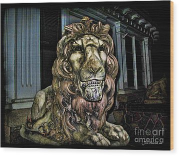 Farnam Manor Haunt Wood Print by Joan  Minchak