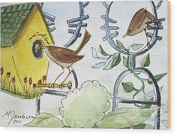 Feeding The Baby Wrens Wood Print by Marilyn Jacobson
