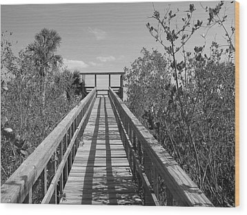 Wood Print featuring the photograph Final Entrance by Bill Lucas