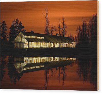 Fintry Packing House Wood Print by Phil Dionne