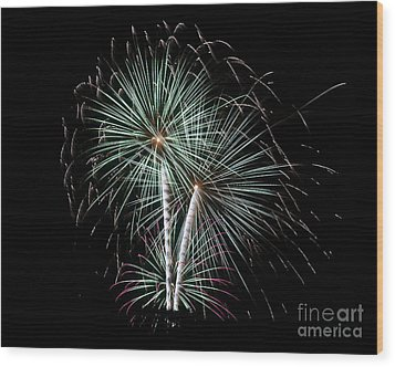 Wood Print featuring the photograph Fireworks 8 by Mark Dodd