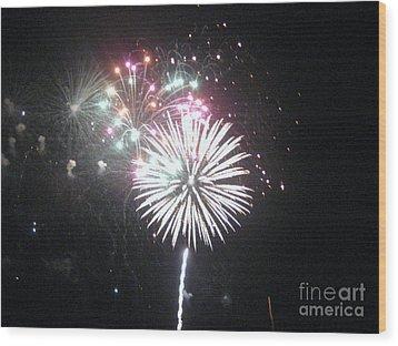 Fireworks Wood Print by Dyana Rzentkowski