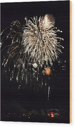 Fireworks Wood Print by Michelle Calkins