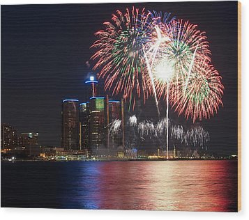 Fireworks Over Detroit Wood Print
