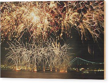 Fireworks Over Harbour Wood Print by Axiom Photographic
