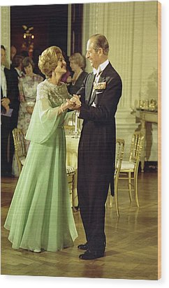First Lady Betty Ford And Prince Philip Wood Print by Everett