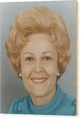 First Lady Patricia Nixon 1912-1993 Wood Print by Everett