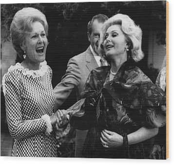 First Lady Patricia Nixon With Zsa Zsa Wood Print by Everett
