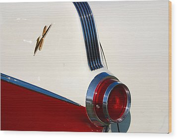 Wood Print featuring the photograph First Pontiac V8 1955 by John Schneider