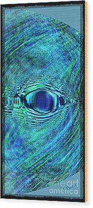 Fish Eye Wood Print by Leslie Revels Andrews