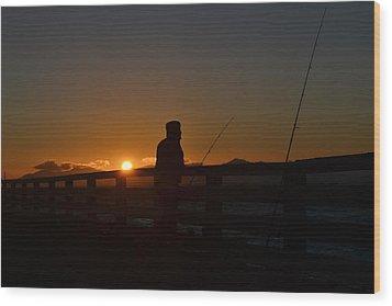 Fishing And Sunset  Wood Print by Saifon Anaya