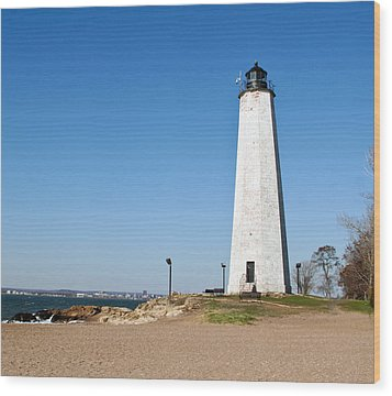 Five Mile Point Light Wood Print by Gerald Mitchell