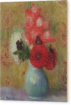 Floral Arrangement In Green Vase Wood Print by William James Glackens