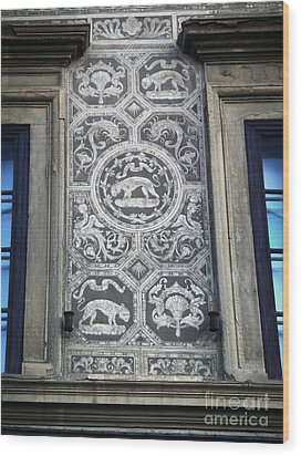 Florence Italy - Architectural Detail - 01 Wood Print by Gregory Dyer