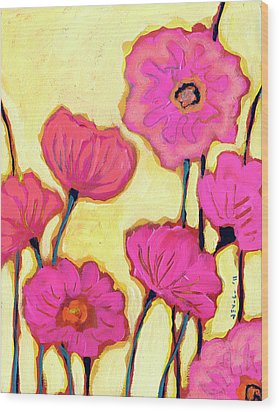 Flowers For Coralyn Wood Print by Jennifer Lommers
