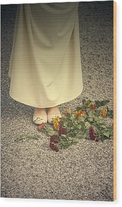 Flowers On The Street Wood Print by Joana Kruse