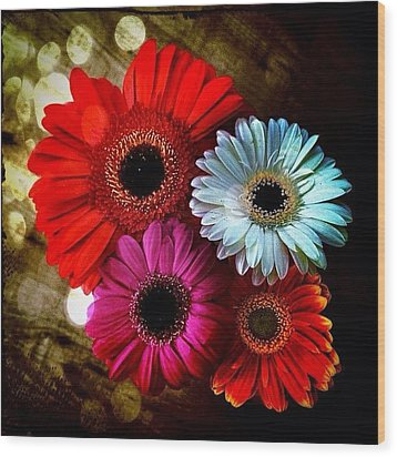 Flowers Part 3 Wood Print by Andre Brands