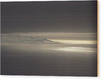 Fog And Sunlight Over Polar Wood Print by Gordon Wiltsie