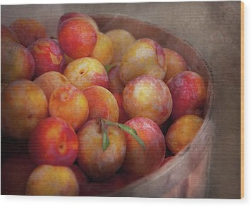 Food - Peaches - Farm Fresh Peaches  Wood Print by Mike Savad