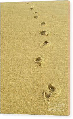 Foot Prints Wood Print by Carlos Caetano