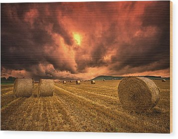 Foreboding Sky Wood Print by Mark Leader