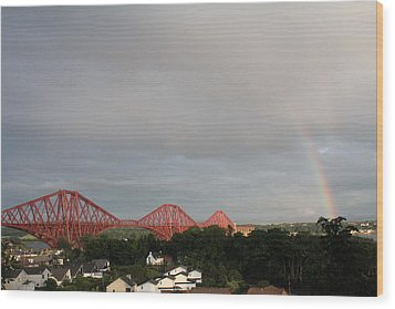Forth Bridge Wood Print by David Grant