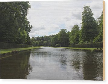 Fountains Abbey  Wood Print by David Grant