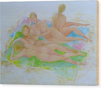 Four Girls On Beach Towels Wood Print