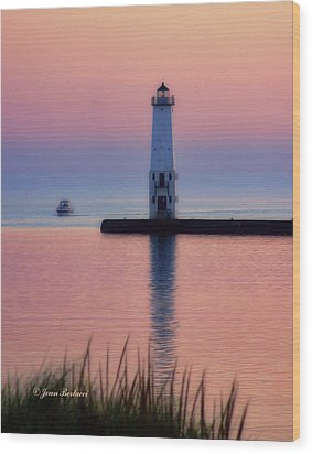 Wood Print featuring the photograph Frankfort Lighthouse by Joan Bertucci