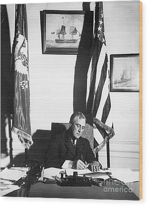 Franklin D. Roosevelt, 32nd American Wood Print by Omikron