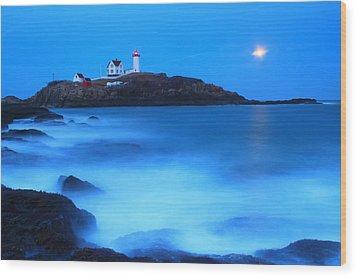 Full Moon Surf Cape Neddick Nubble Lighthouse Wood Print by John Burk