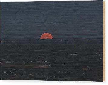 Full Moonrise Wood Print