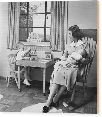 Future First Lady In 1952.  Betty Ford Wood Print by Everett