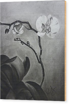Galen's Orchid Wood Print by Estephy Sabin Figueroa