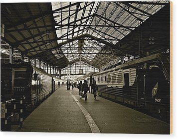 Wood Print featuring the photograph Gare De Saint Lazare by Eric Tressler