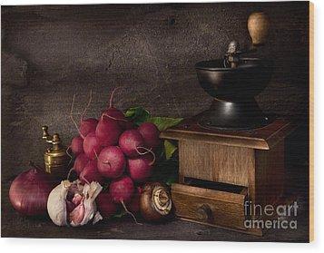 Garlic And Radishes Wood Print by Ann Garrett