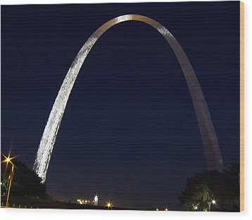 Wood Print featuring the photograph Gateway Arch At Night by Nancy De Flon