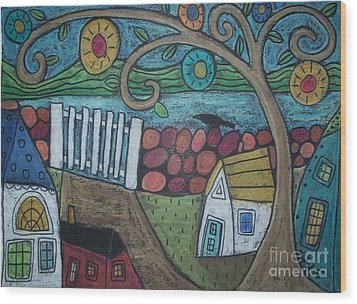 Gateway To The Sea Wood Print by Karla Gerard