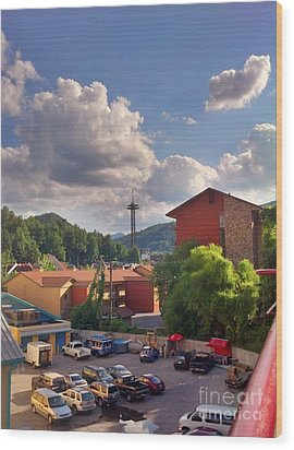Wood Print featuring the photograph Gatlinburg Tn by Janice Spivey