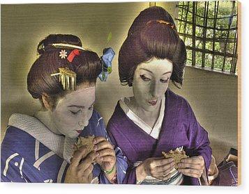 Geisha Lunch Wood Print by William Fields