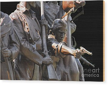 Gettysburg Monument Wood Print by Cindy Manero