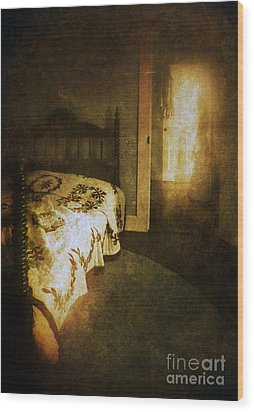 Ghostly Figure In Hallway Wood Print by Jill Battaglia