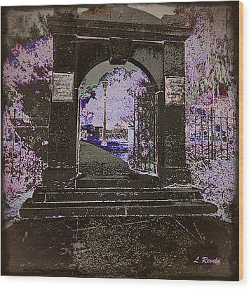 Ghostly Garden Wood Print by Leslie Revels Andrews