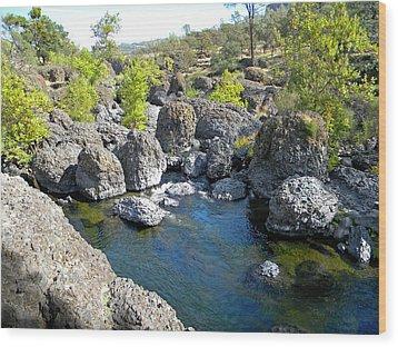 Giant Basalt Boulders Swimming Hole Wood Print by Frank Wilson