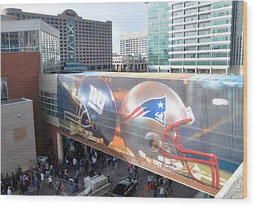 Giants Vs Patriots  Wood Print by Brittany H