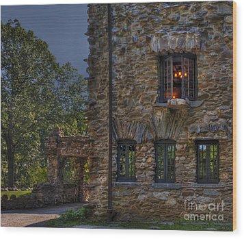 Gillette Castle Exterior Hdr Wood Print by Susan Candelario