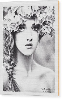 Girl With A Floral Crown Wood Print by Muna Abdurrahman