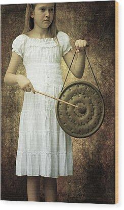 Girl With Gong Wood Print by Joana Kruse